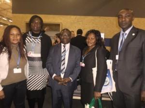 La championne Téclaire NGOH NJOUME NDEDIE (extrême gauche), l'Assistante de AFricaInteract, le SE et SEA COMIFAC